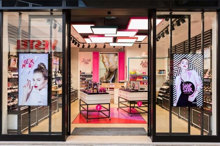 Thiết Kế Shop Mỹ Phẩm Tại Tp Vinh, Nghệ An