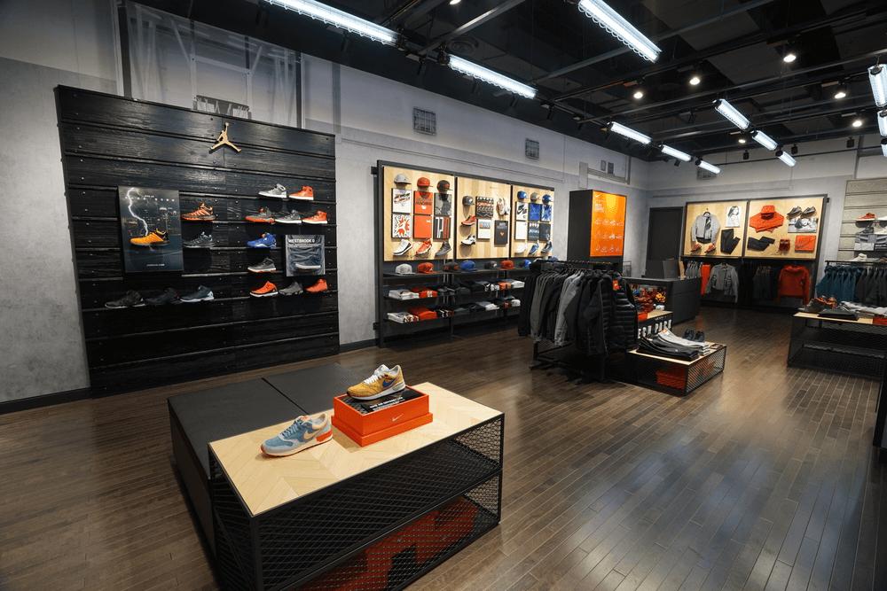 Thiết Kế Showroom Nike Tp Vinh